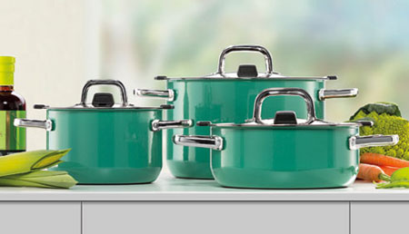 /upload/blog/Avoiding_4_Most_Common_Kitchen_Toxins_With_Green_Cookware_cover_2.jpg